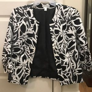 Dress Barn Floral Cropped blazer size S